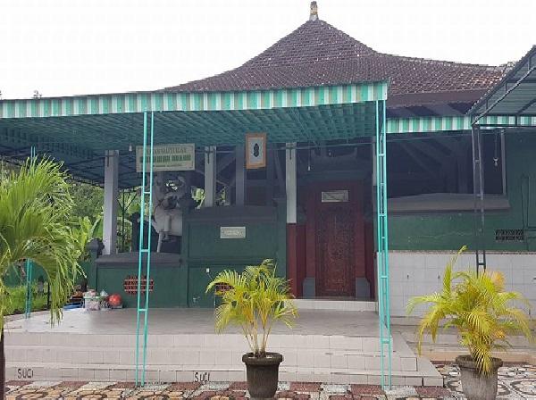 Berziarah Makam Habib Ali bin Abu Bakar Al Hamid Kusamba, Bali