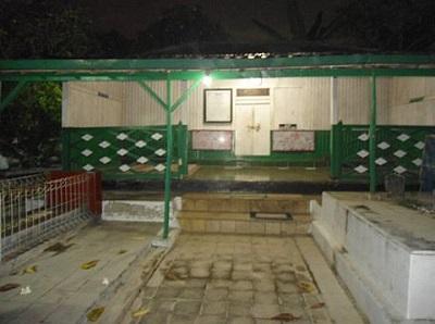 Wisata Ziarah dan Berdoa di Makam Kyai Hasan Minhajul 'Abidin Solo