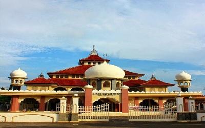 Masjid_Jami_Asy-syafii_Pringlangu.jpg