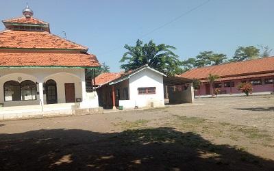 Pesantren Darut Tauhid Probolinggo
